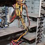 putekļi, kas uzkrājas datorā, ja to netīra IT KATRAM