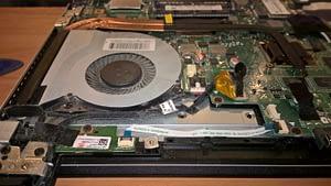 Portatīvais dators pirms apkopes