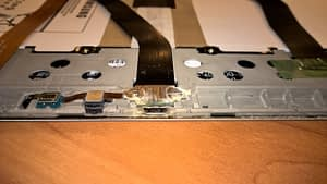 Bojāts portatīvā datora ports